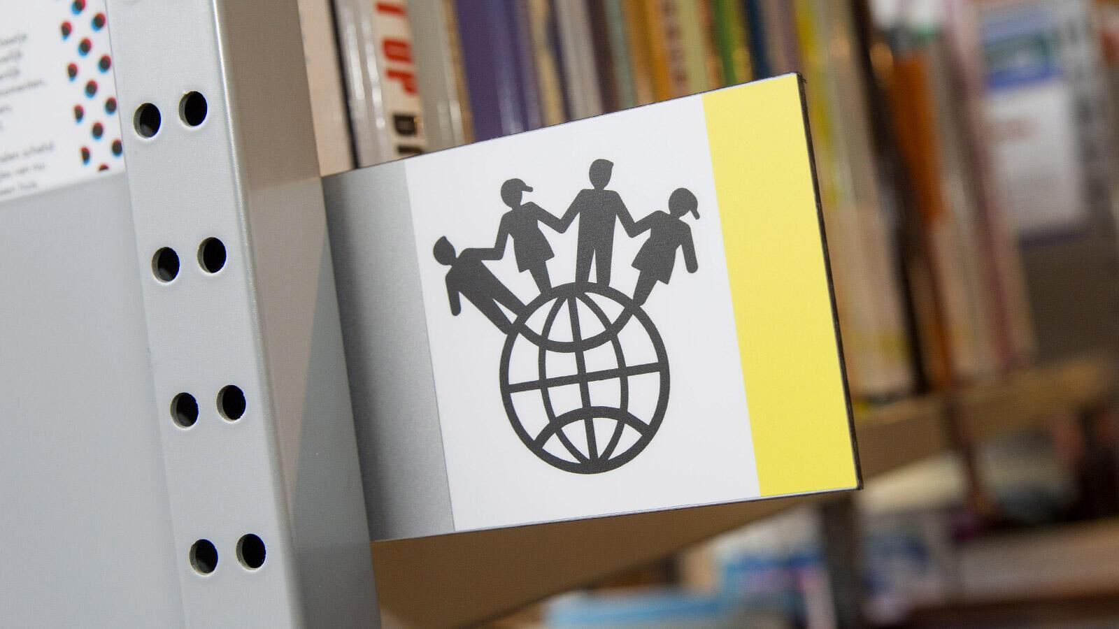 Anderstalige boeken in onze collectie